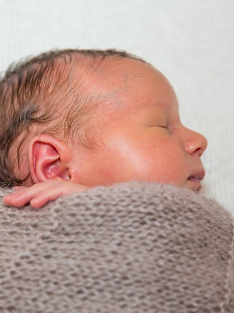New born (1)-min.jpg