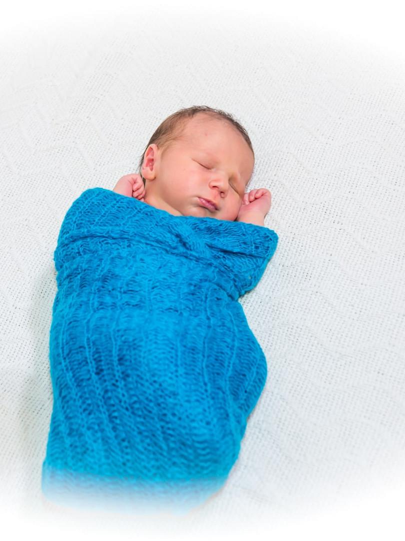 New born (16)-min.jpg