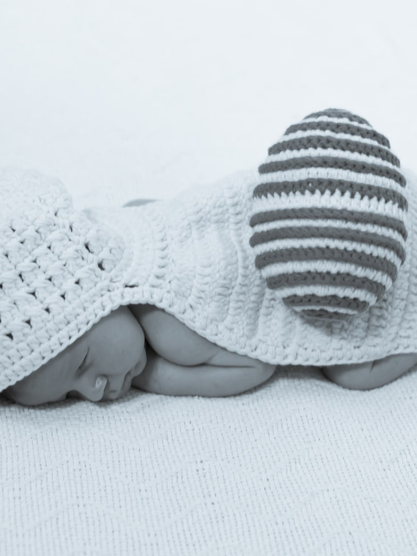 New born (18)-min.jpg