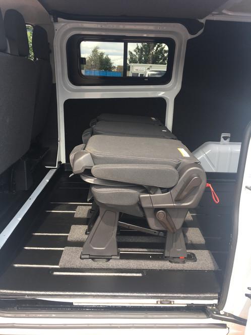 Ford Transit Custom Crew Double Cab 6 Six Seat Kombi M