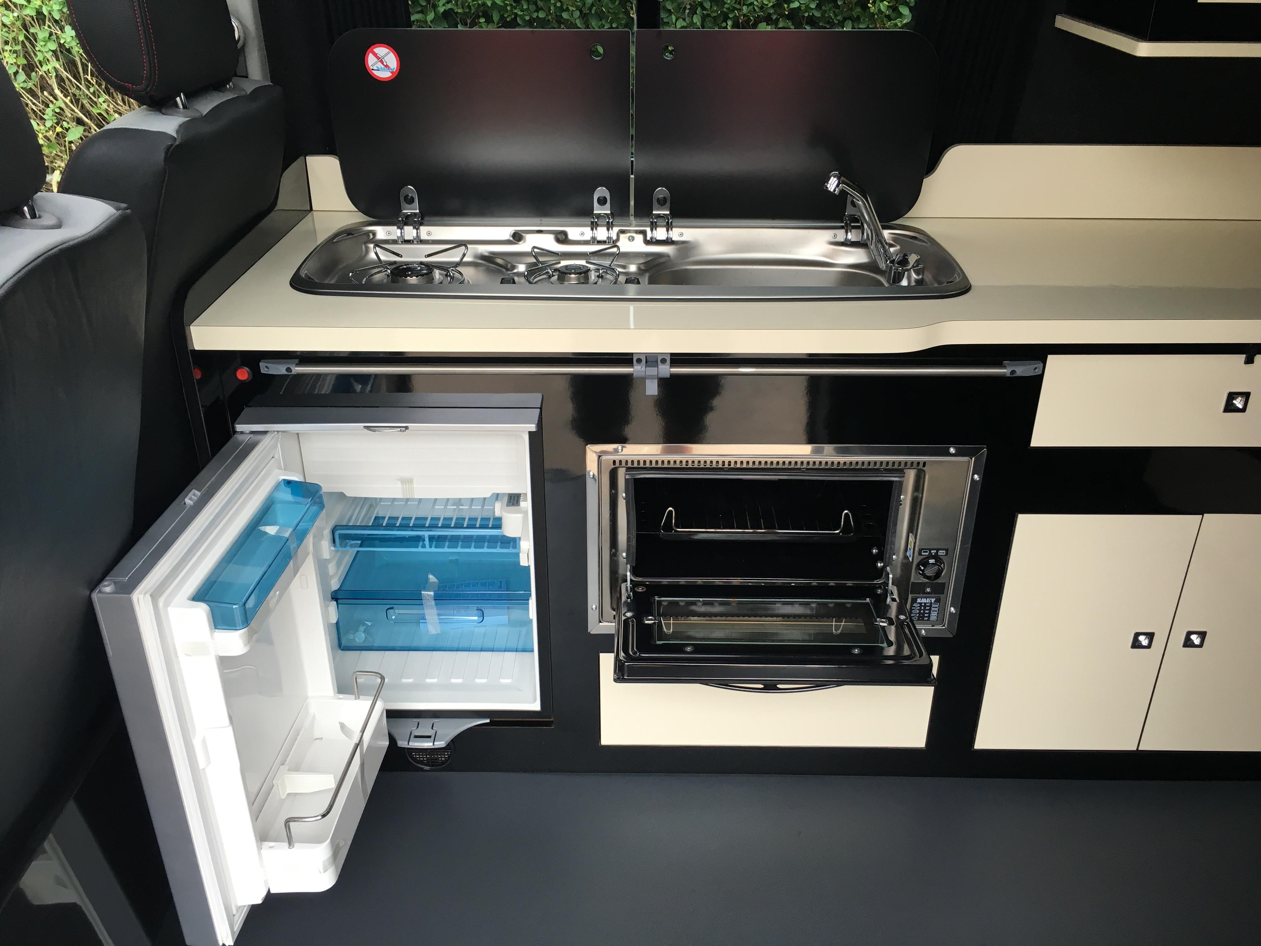 t5 fridge hob