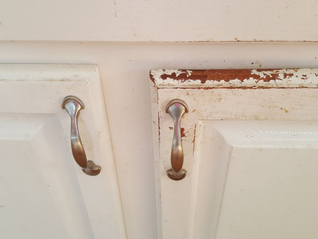 Signs of Amateur vs. Professional Cabinet Refinishing