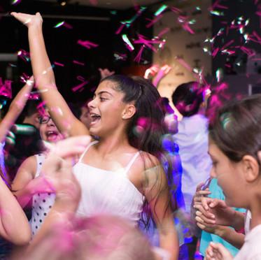 איך לתכנן ריקודים מוצלחים לאירוע שלכם? (כולל רשימת שירים מומלצים)