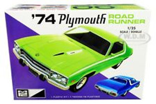MPC  - 1/25 '74 Plymouth Road Runner