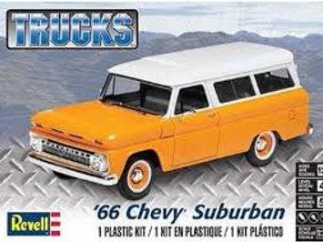 Revell  - 1/25 '66 Chevy Suburban