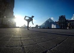 Yoga Louvre