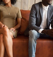 pareja-sofa.jpg