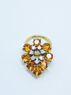 Ring in 18kt gold with Citrines & brilliant diamonds