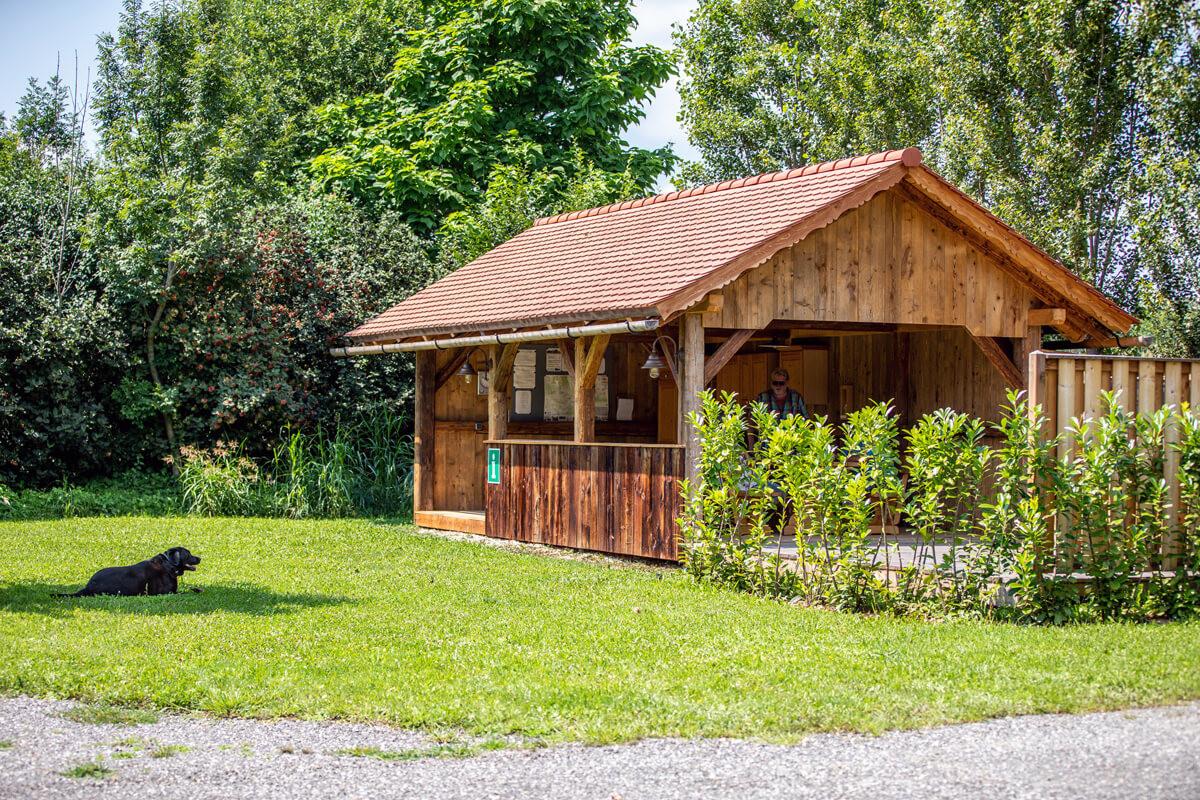 Camping-Sixt-Infohaeuschen.jpg