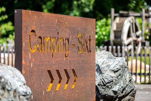 Camping-Sixt-Schild.jpg