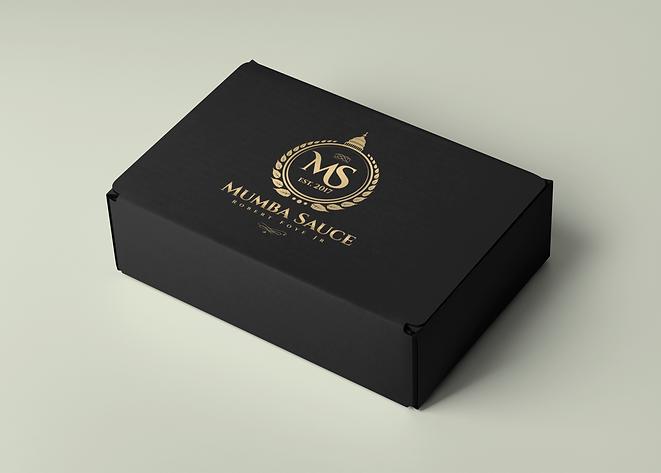 minimalistic-mockup-of-a-cardboard-box-2