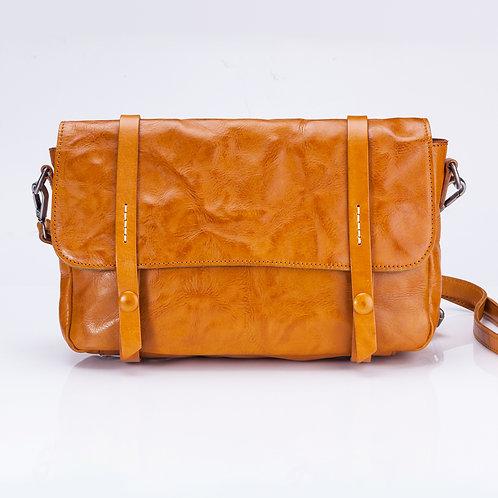 Light Tan Wrinkled cowhide bag
