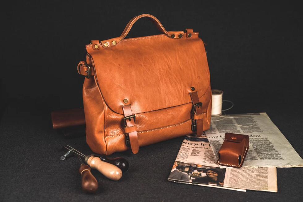 Natural Leather Messenger Handbag
