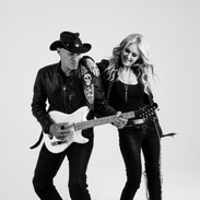 Mindi Abair and Randy Jacobs in action