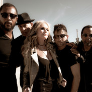 Mindi Abair and the Boneshakers Things Are Looking Up
