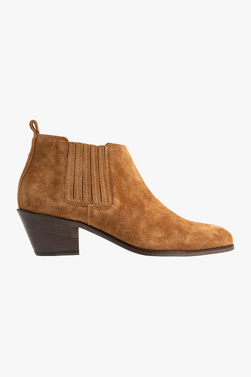 CLOSED Anise Suede Boot