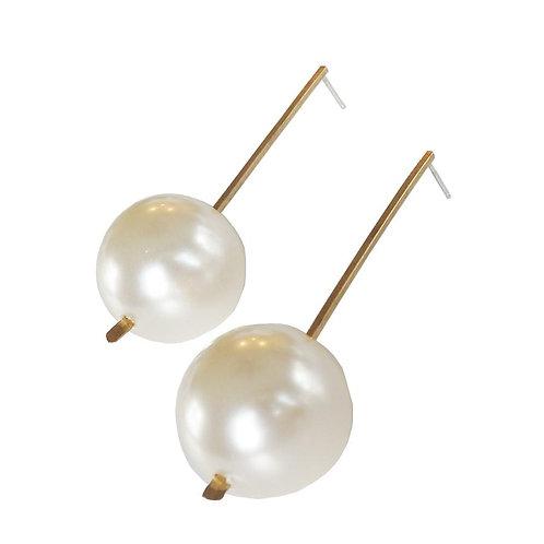 Metrix Jewelry Linear Pearl Earrings