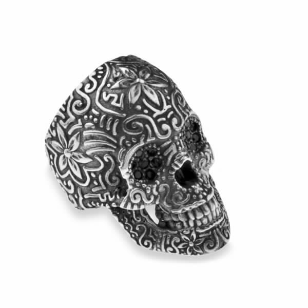skull-zircon-and-silver-ring-23gr.jpg