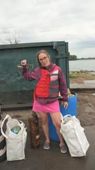Trash Fishing(1).mp4