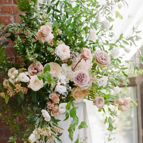 5 Mistakes Brides Make When Choosing Wedding Flowers