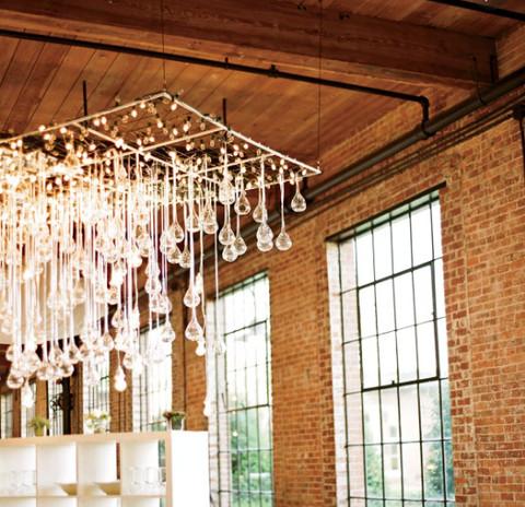 5 Creative Ceiling Centerpieces