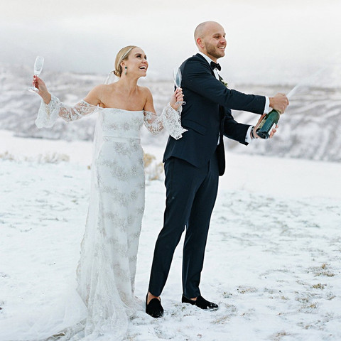 Things All Guests Love at Winter Weddings
