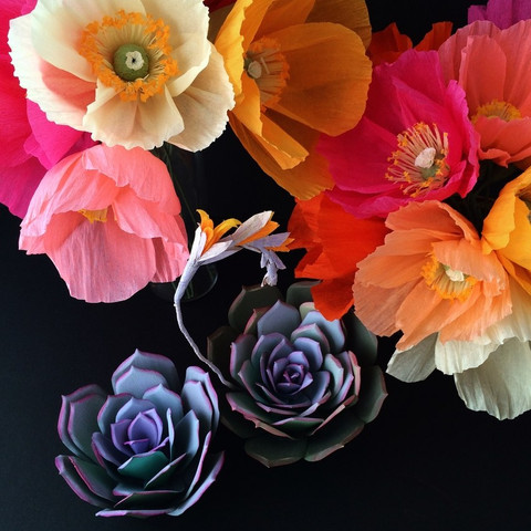 These Paper Wedding Flowers Look Totally Real