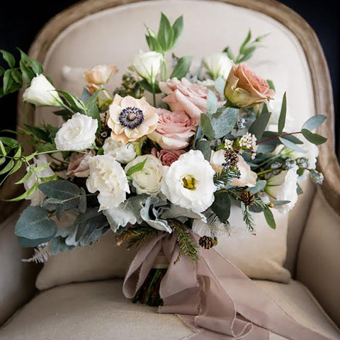 How to Cut Wedding Flower Costs