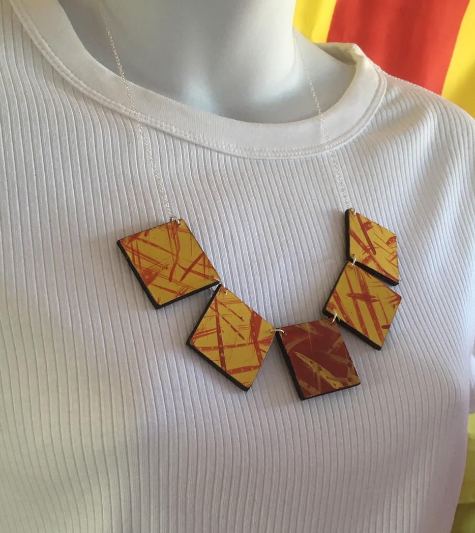 Bloco fogo necklace