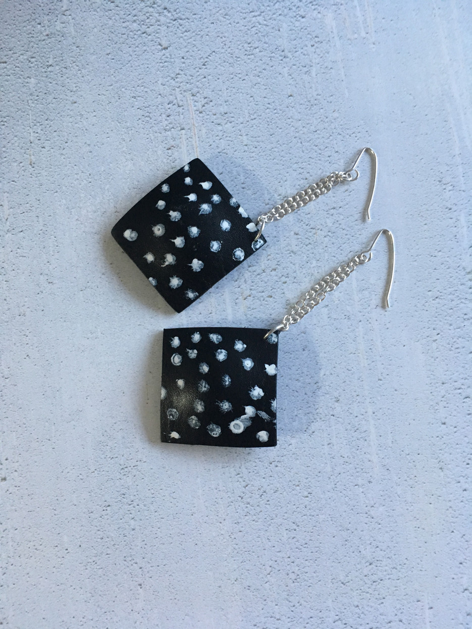 Dotty earrings