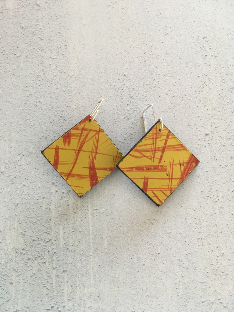 Bloco Fogo earrings large square