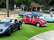 Jantar de fim de ano na Sociedade Hípica Brasileira reuniu mais de 70 automóveis
