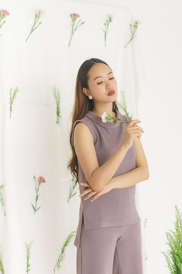 High Collar Sleevless Blouse Lilac