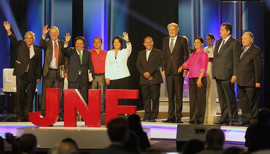 Foto posterior al debate presidencial