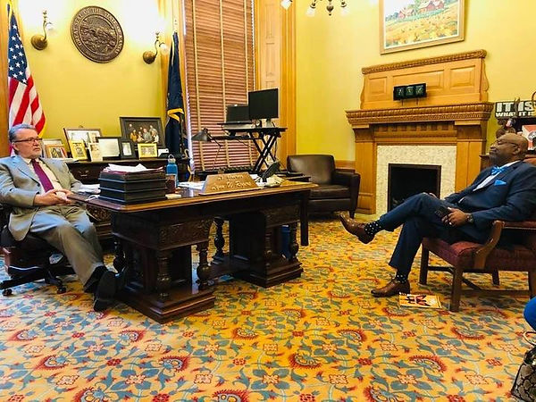 Visit to the legislature1.jpg