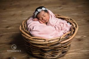 Babyfotografie, Neugeborenes Fotostudio Solothurn