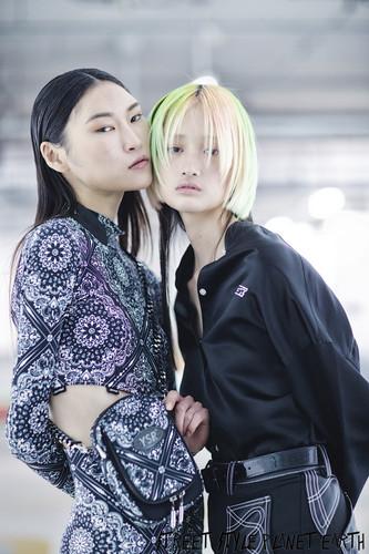 Youser - Backstage Seoul Fashion Week October 19