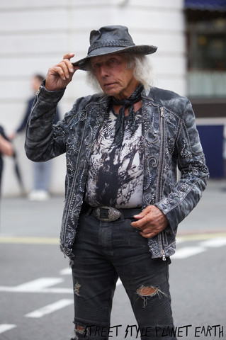 The Best Street Style from LFW Day 1 Sep