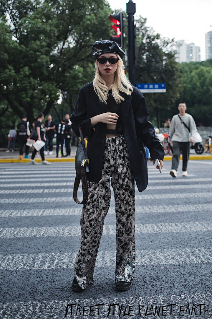 Day 4 Shanghai Fashion Week Oct 19 19.jp