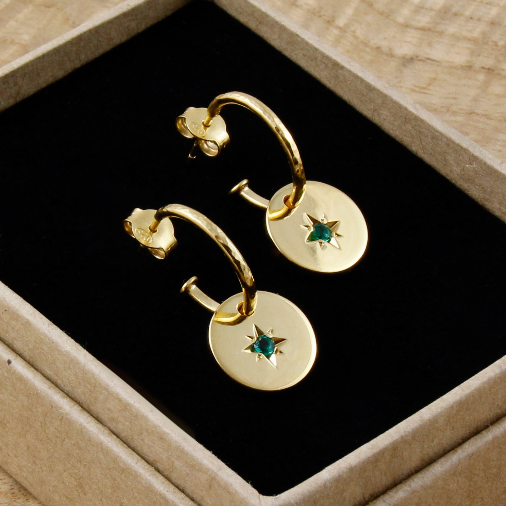 Emerald star disc earrings