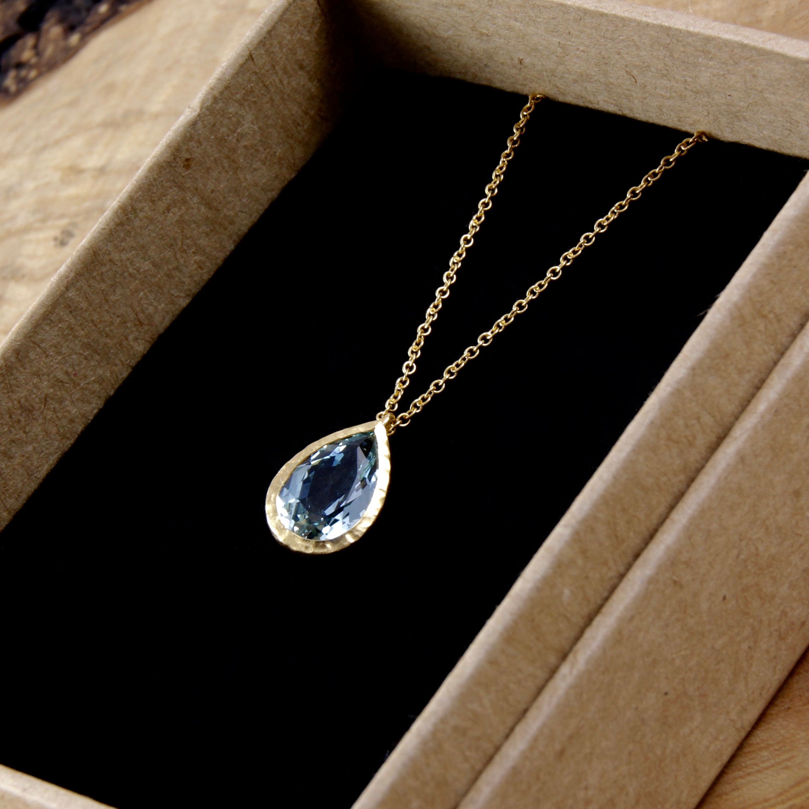 aquamarine gold drop necklace