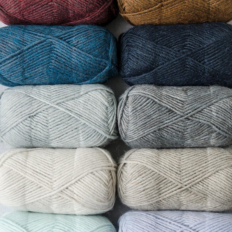 Close up of Patons Alpaca Blend yarn