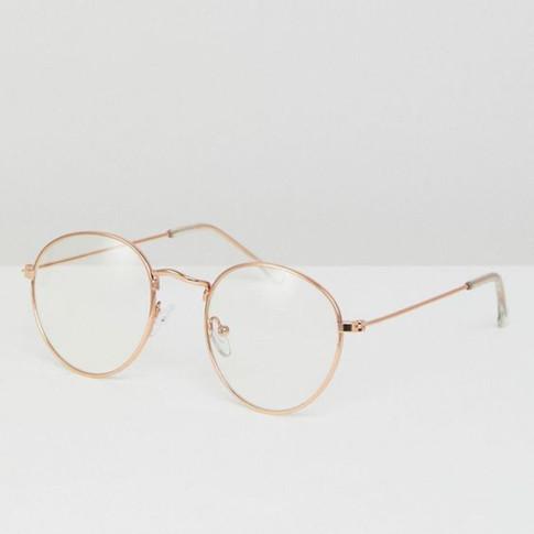 glasses shot-blink.jpg