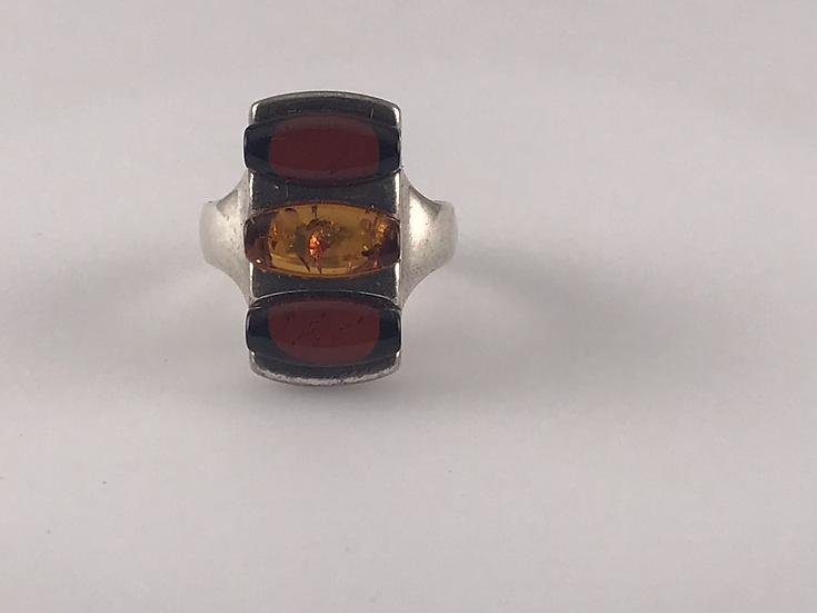 Large bague rectangulaire  ambre