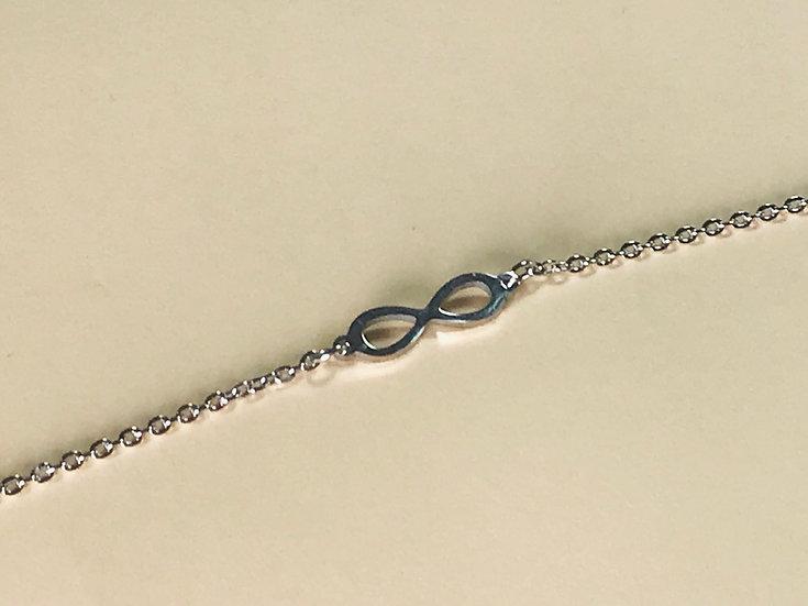 bracelet infini en métal de Stella Green