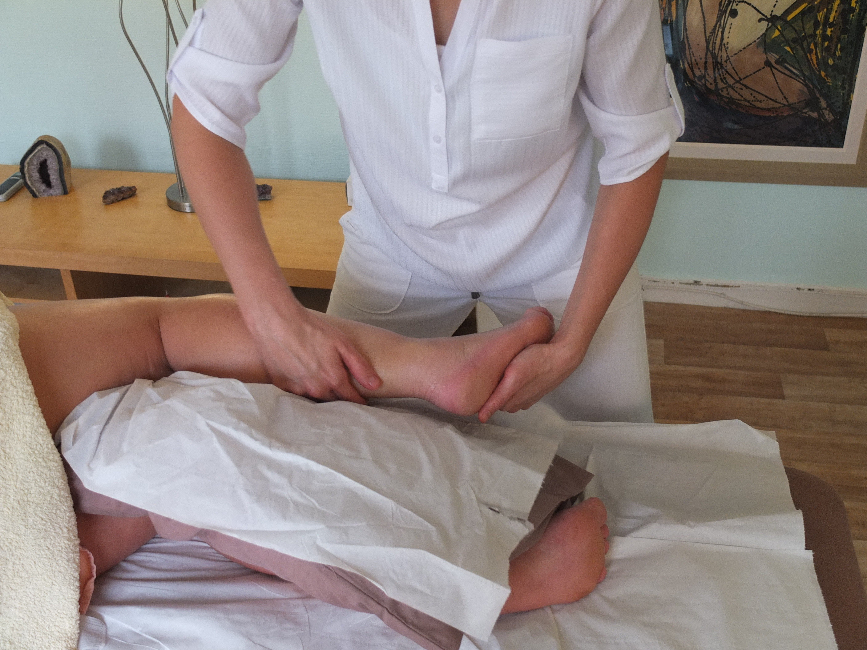 Legs and Feet Therapeutic Massage