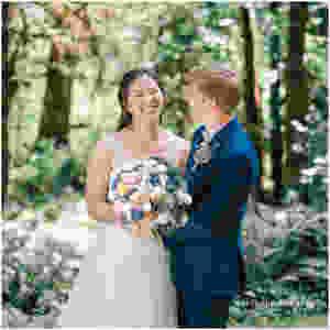 snoqualmie wedding Seattle wedding photographer rustic pnw wedding