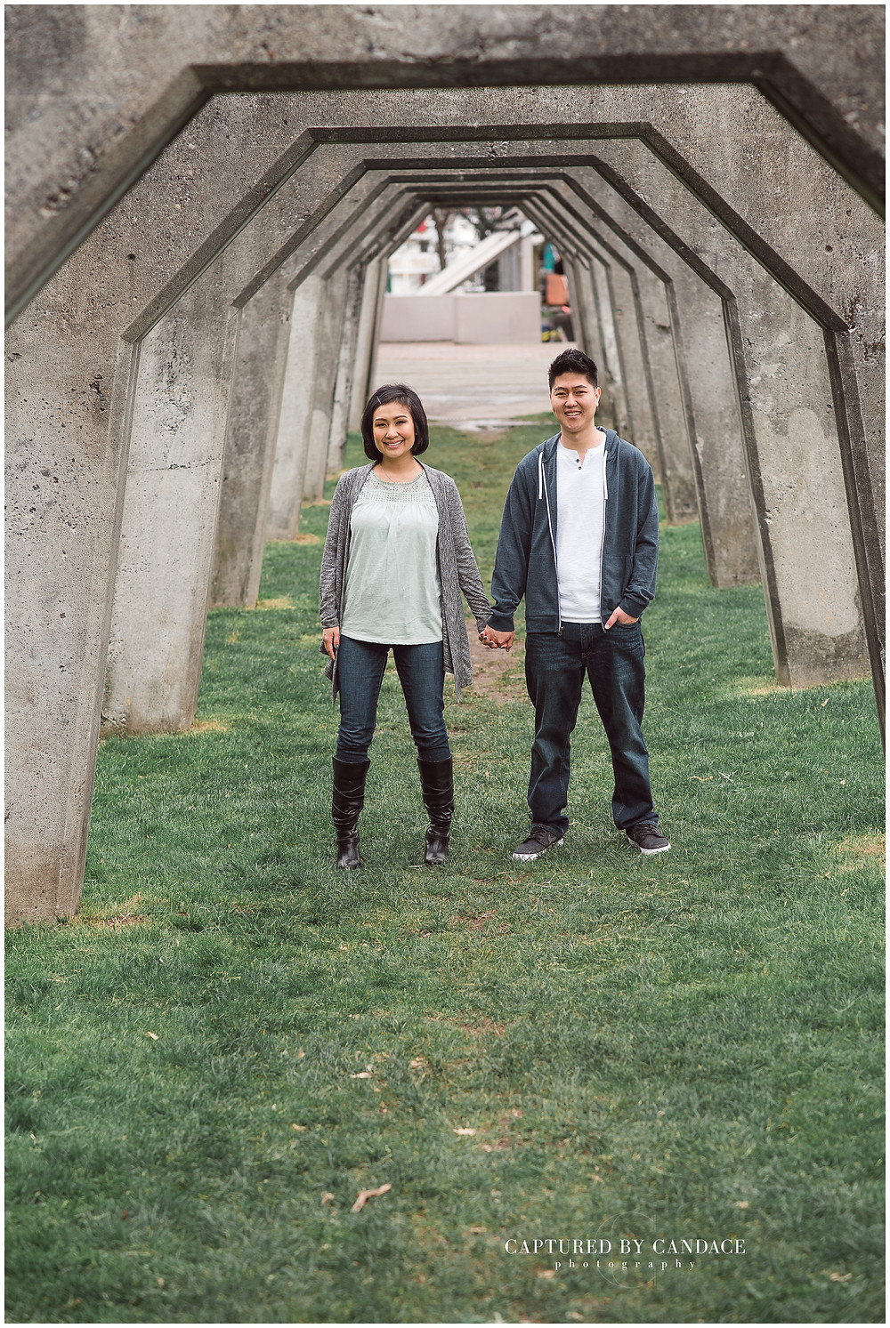 Spring engagement session at Gasworks park in Seattle with Captured by Candace photography