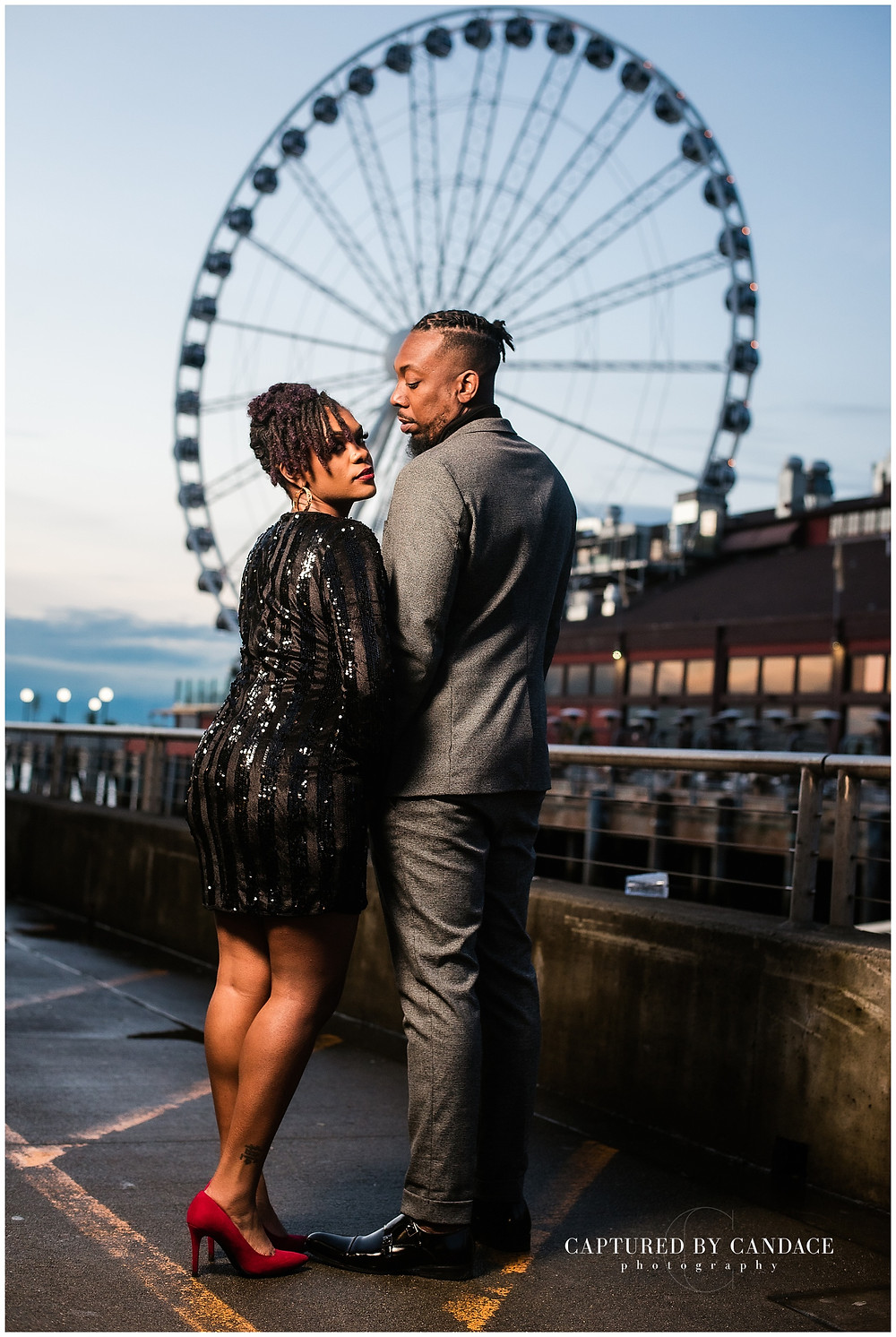 Seattle big wheel engagement photos, Seattle big wheel engagement, seattle waterfront engagement photos, Seattle engagement photos