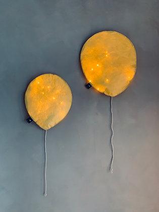 Cheddar Lighting Balloon - Size S/L